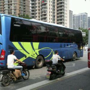 合肥到深圳的汽車電話豪華臥鋪大巴車每天三班