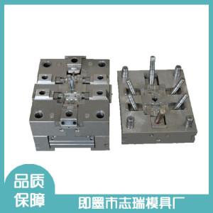 專注生產壓鑄模具