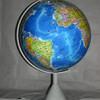手動旋轉政區地球儀